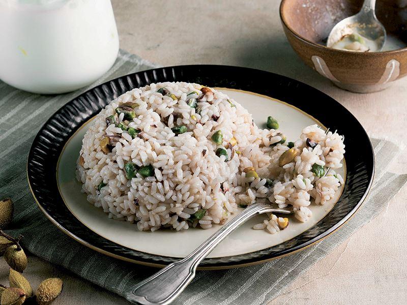 Antep fıstıklı pirinç pilavı tarifi