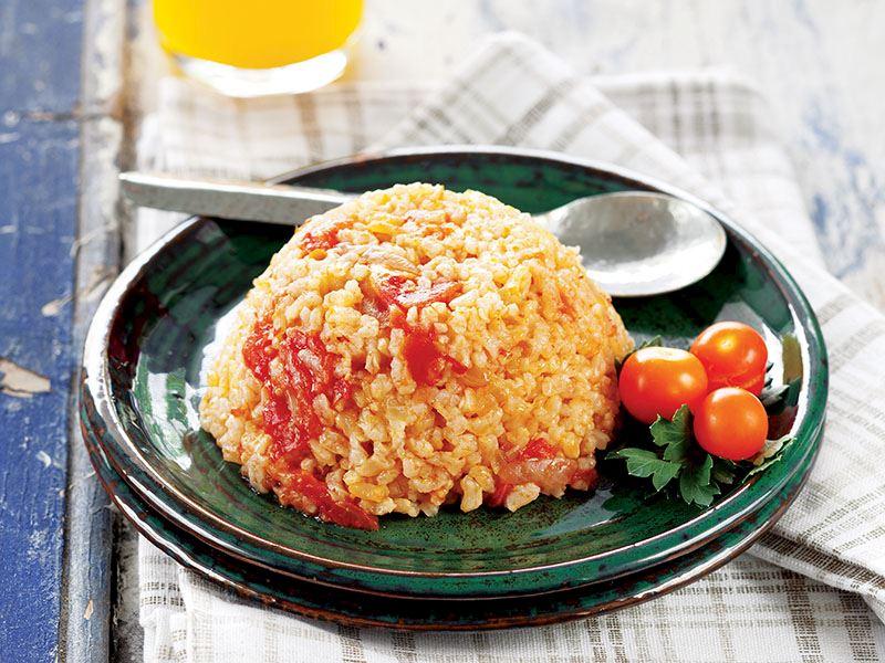 Terme Pirinci ile Domatesli Pirinç Pilavı