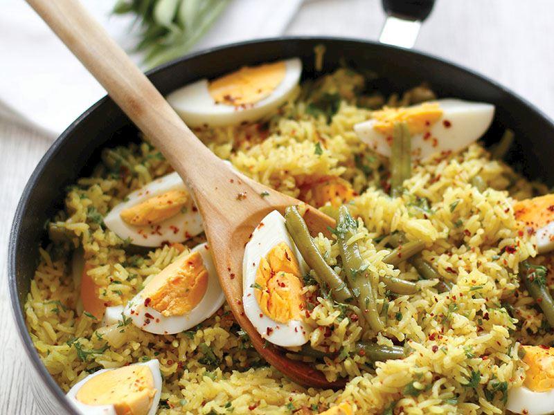 Taze fasulyeli ve yumurtalı pirinç pilavı tarifi