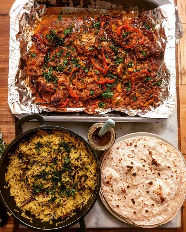 Tandırda Tavuk ve Baharatlı Pilav